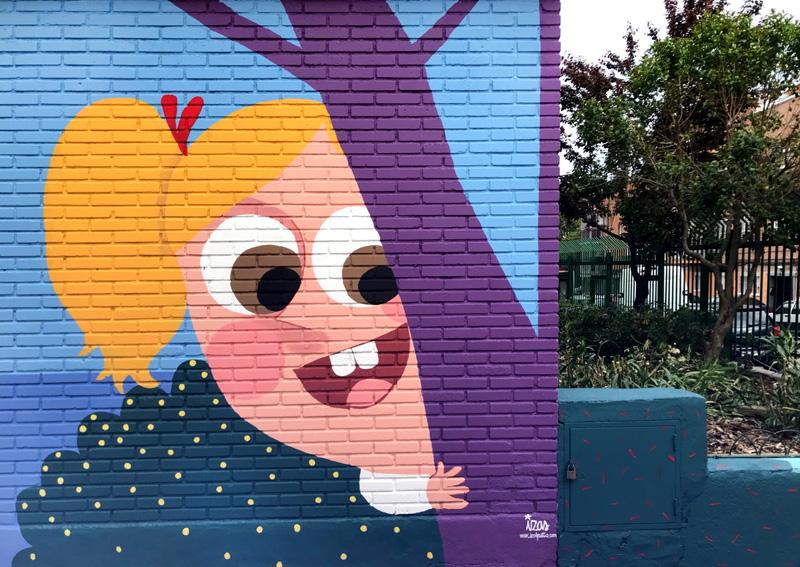 mural izas azulpatio ceip asunción agustina díez entrada detalle 6