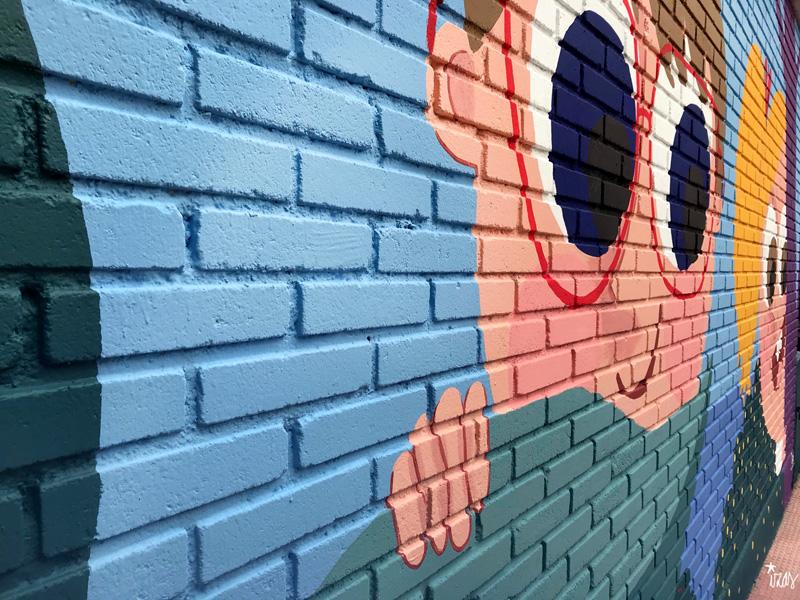 mural izas azulpatio ceip asunción agustina díez entrada detalle 7