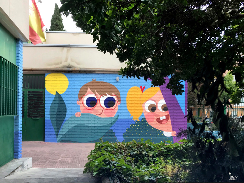 mural izas azulpatio ceip asunción agustina díez entrada pano 1