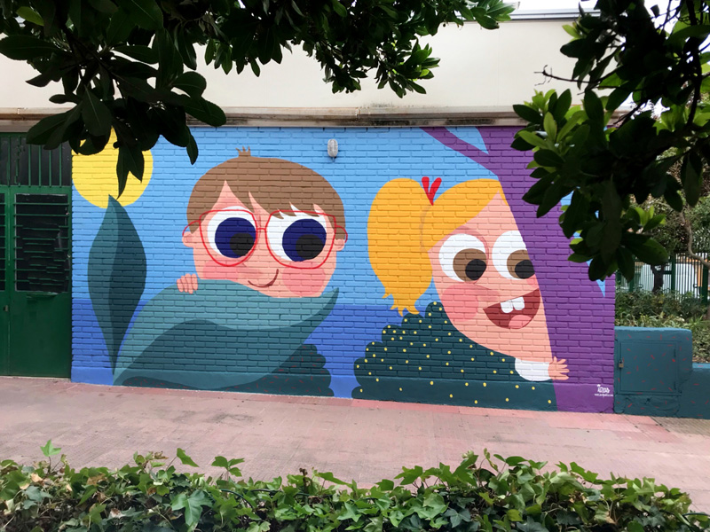 mural izas azulpatio ceip asunción agustina díez entrada pano 2