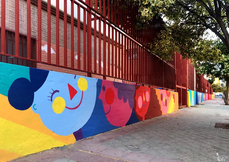 mural izas azulpatio ceip eduardo rojo exterior pano 11