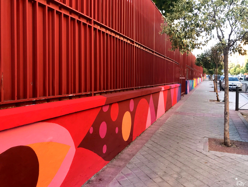 mural izas azulpatio ceip eduardo rojo exterior pano 4