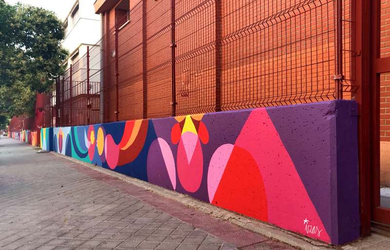 mural izas azulpatio ceip eduardo rojo exterior pano 9