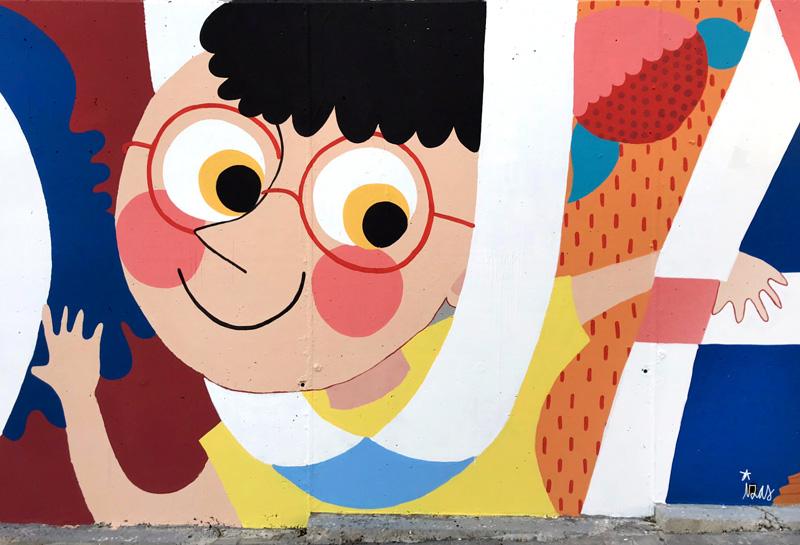 mural izas azulpatio ceip eduardo rojo fachada detalle 20