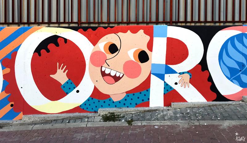 mural izas azulpatio ceip eduardo rojo fachada detalle 22