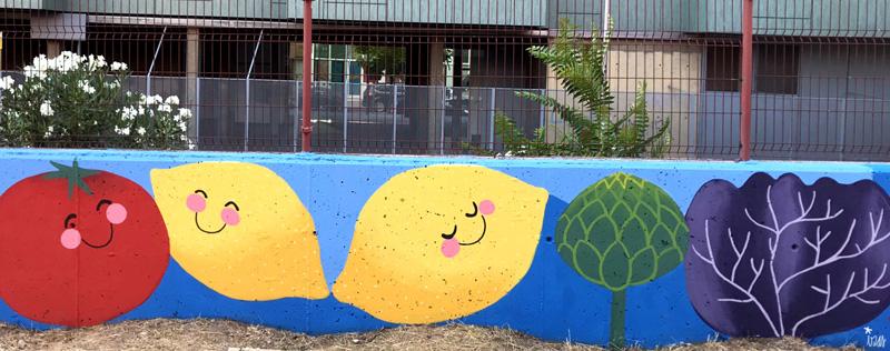 mural izas azulpatio ceip eduardo rojo huerto limones