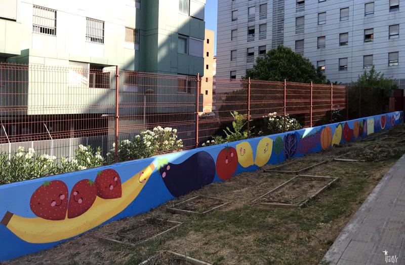 mural izas azulpatio ceip eduardo rojo huerto pano 2