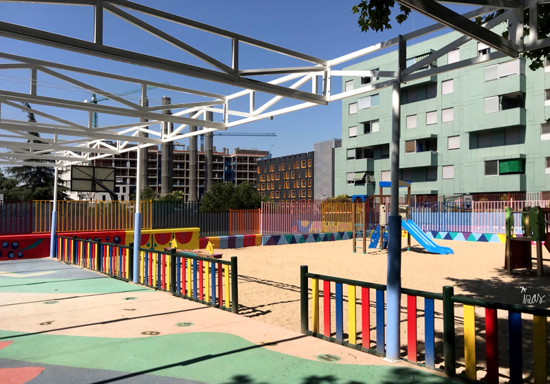 mural izas azulpatio ceip eduardo rojo infantil 11