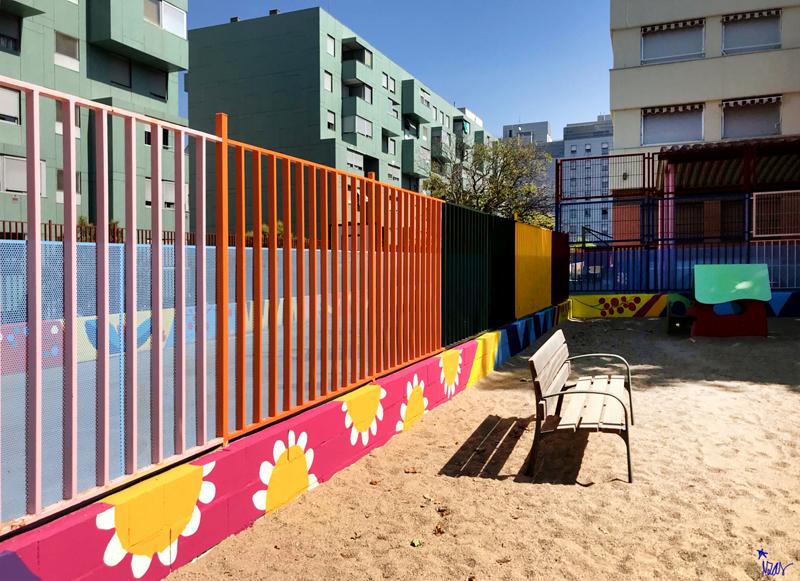 mural izas azulpatio ceip eduardo rojo infantil 4