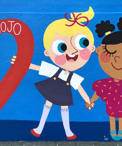 mural izas azulpatio ceip eduardo rojo niños detalle 4