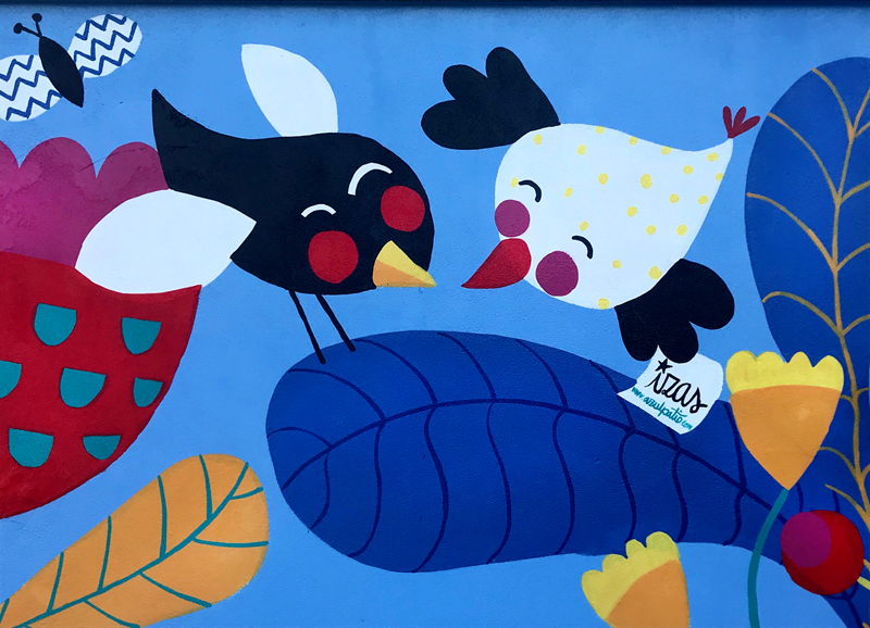 mural izas azulpatio san estanislao friso pajaritos 1