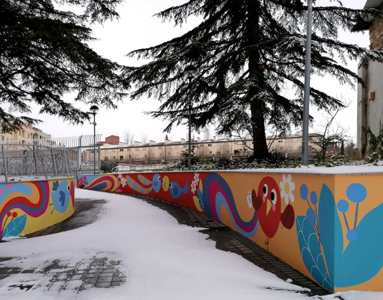 mural izas azulpatio san estanislao nieve