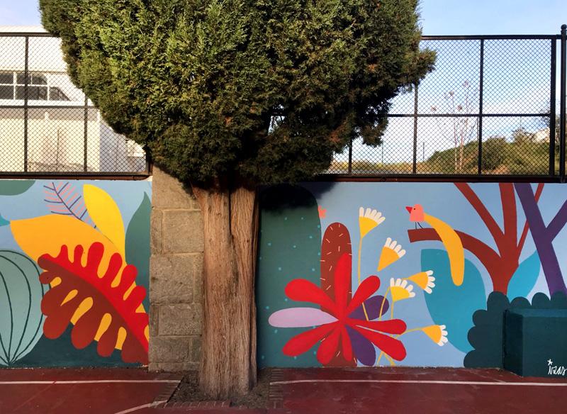 mural izas azulpatio ceip asunción rincón este 16
