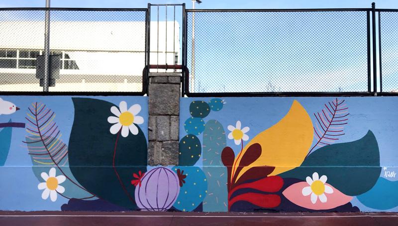 mural izas azulpatio ceip asunción rincón este 19