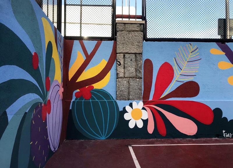mural izas azulpatio ceip asunción rincón este 3
