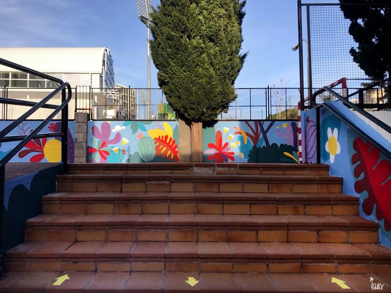 mural izas azulpatio ceip asunción rincón este 6