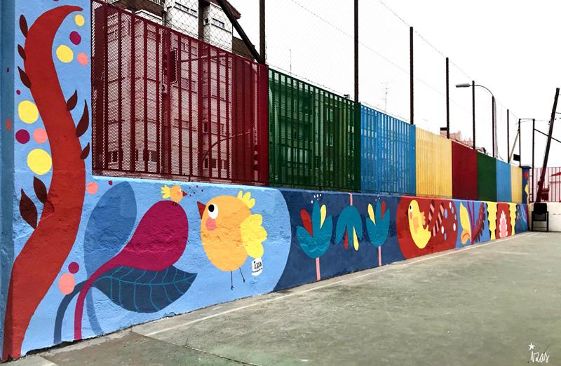 mural izas azulpatio ceip juan ramón jiménez dcha 1