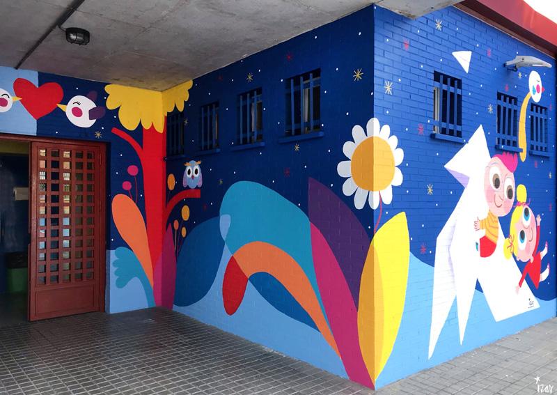 mural izas azulpatio ceip mesonero romanos dcha 2