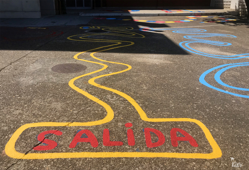 mural izas azulpatio colegio ave maría circuito chapas