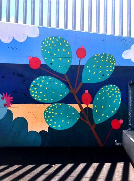mural izas azulpatio colegio maria teresa detalle 1