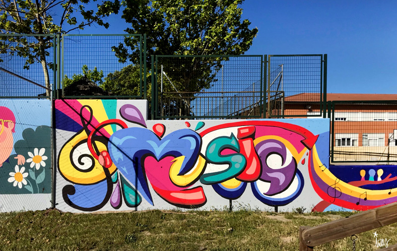 mural izas azulpatio cpee monte abantos música 2