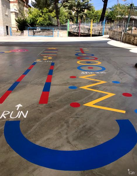 mural izas azulpatio maristas villalba circuito 1