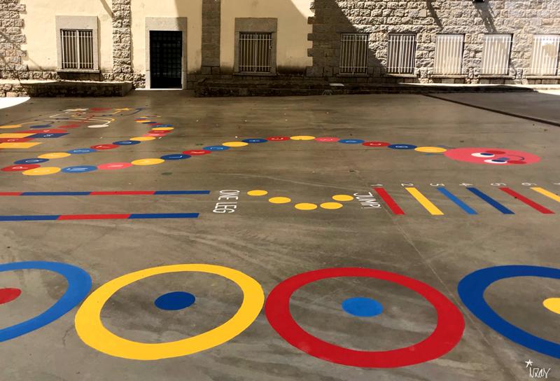 mural izas azulpatio maristas villalba circuito 3