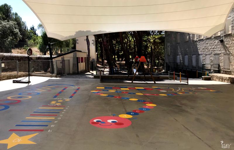 mural izas azulpatio maristas villalba pano 2
