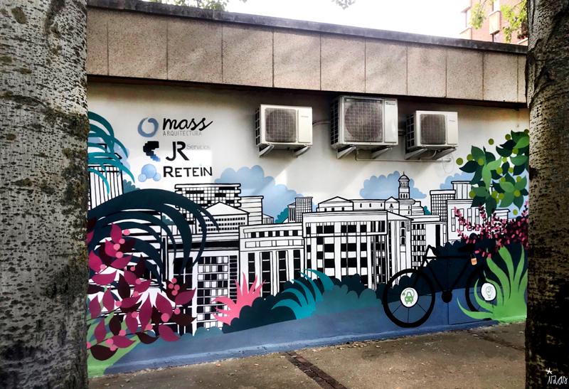 mural izas azulpatio mass arquitectura frente 2