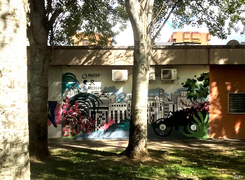 mural izas azulpatio mass arquitectura frente 3